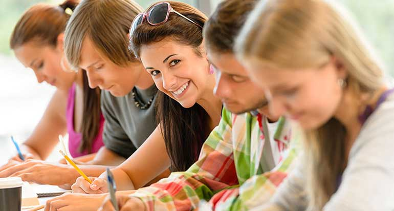 exams-certification-wall-street-english-salerno